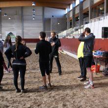Accueil des cavaliers par les préparateurs physiques de LABSPORT