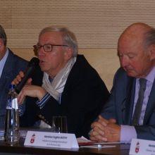 Jean-Pierre Hupkens (Echevin de la Culture et de l'Urbanisme de la Ville de Liège) - Joseph Crotteux (directeur en chef du service des Sports de la Province de Liège) - Eugène Mathy (Président LEWB)