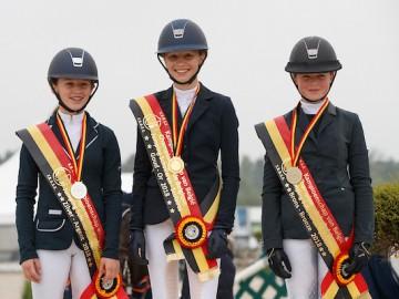 Le podium du championnat de Belgique Children, avec Louise Ameeuw à la troisième place