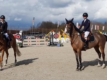 Ophélie Mouton et Charlotte Frippiat (Photo : Gérald Mouton)